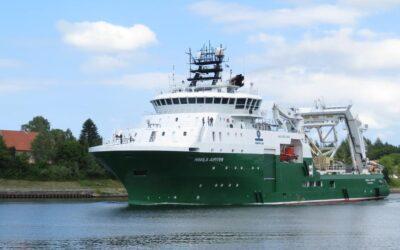 Haakonsen Marine AS leaving Bergen for anchor retrieval West of Karmøy